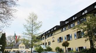 Parkhotel Hohenfeld außen