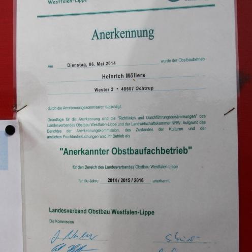 Hängt an den Hütten: die Anerkennung des Landesverband Obstbau Westfalen-Lippe