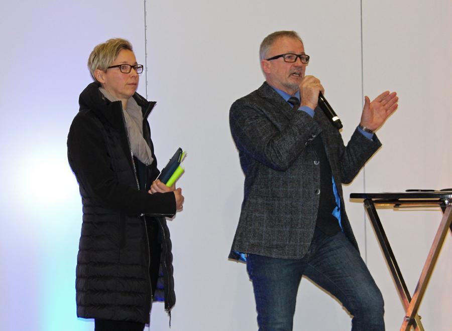 Beatrix Sorko und Christian Biehl, Direktor im Dorf Münsterland, begrüßten die Gäste.